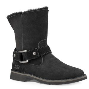 Uggs Cedric Fur-lined leather boot
